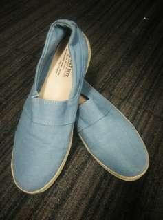 Shoe - Casual Slip On