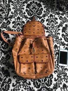 🚚 MCM Backpack Vintage