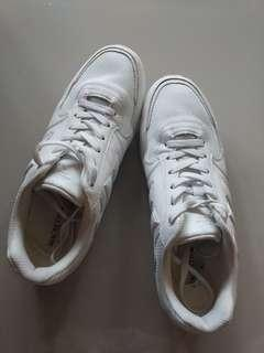 Macbeth White Fischer Original