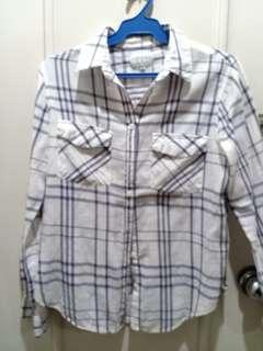 Checkered long sleeves