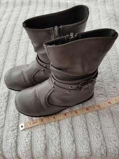 Sugar Kids Gray Boots 27