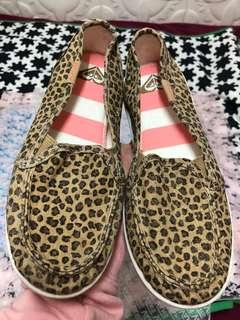 Roxy 簡約布鞋