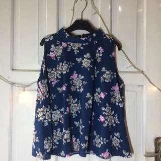 Blue flower top