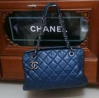 Chanel金屬藍豆腐包