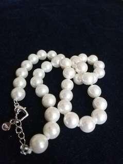 珍珠鏈Pearl chain