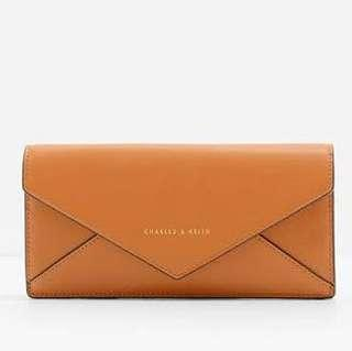 NEW Charles & Keith Clutch