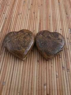 HEART SHAPED PAPERWEIGHT MARBLE (1 PAIR)