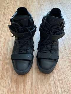 🚚 Guiseppe zanotti sneakers