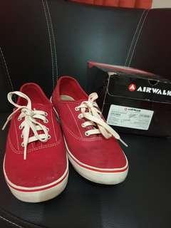airwalk red shoes 39
