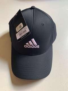 🚚 Adidas Cap