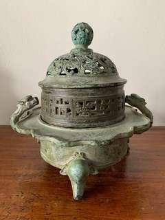 🚚 Antique Incense Burner (青同)