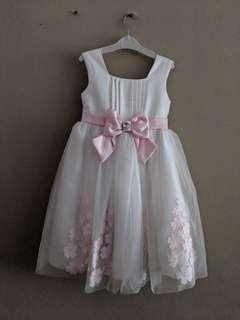 🚚 Princess Dress - brides