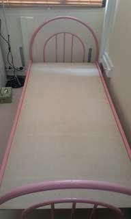 🚚 Bed Frame (Single size)