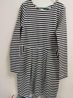🚚 H&M女童洋裝