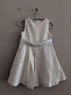 🚚 Girl's Dress