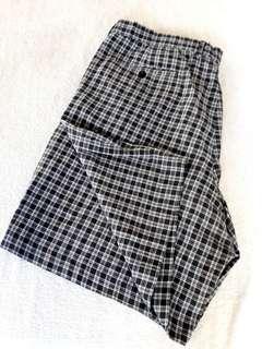 Authentic Collezione Mens Shorts Size 42