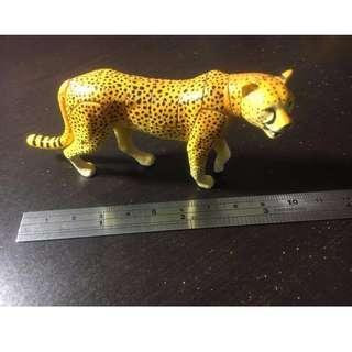 獵豹 組裝模型