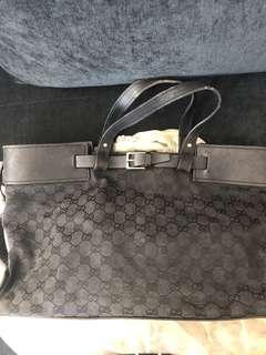 🚚 Gucci Tote Bag