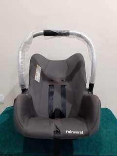 Fairworld  - Infant Carseat