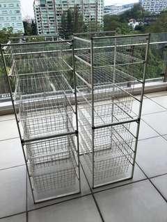 🚚 Wire baskets (storage / laundry)