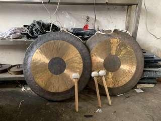 🚚 Brass gong
