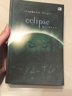 Novel Eclipse Stephenie Meyer Indonesia