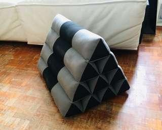 Thai triangle cushion set black and grey