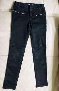 9 to 10 yrs old Zara black jeans