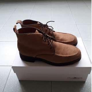 Caucho Superior Ladies Suede Shoes