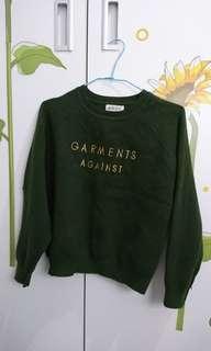 🚚 超美墨綠色微厚針織上衣