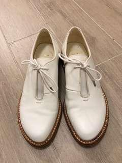 Initial leather Shoes