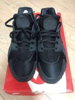100% 全新 Nike Air Huarache Run