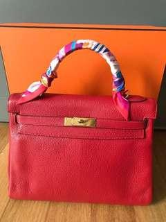 Authentic Hermes Kelly 32, (Rouge Casaque, Q stamp)