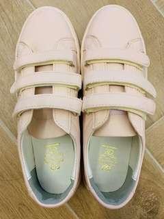 🚚 Made in Korea Sneaker