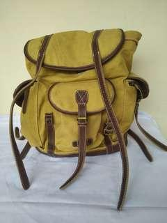 #Mauheadset Brown Backpack Deus