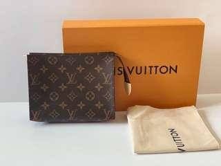 Authentic Louis Vuitton Toiletry Monogram 19