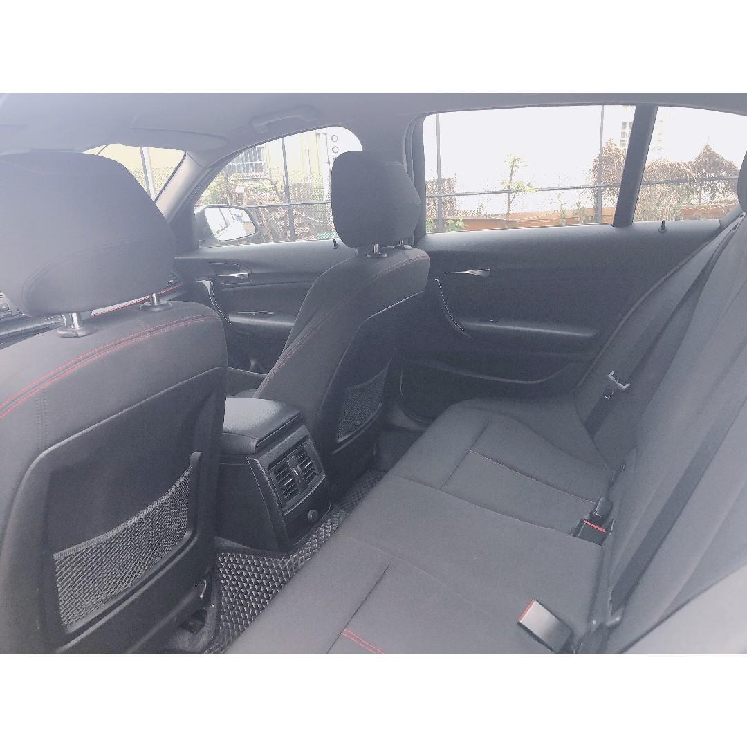 2012年 BMW  118i