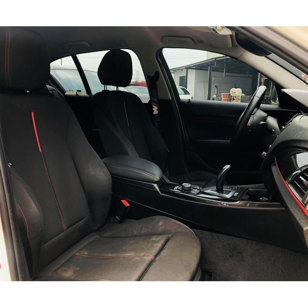 2012年-BMW-116i 改F22系列外觀