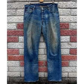 🚚 Levis 501 二手牛仔褲- 正品 -(LEVIS 04501-0152)-W36 L34