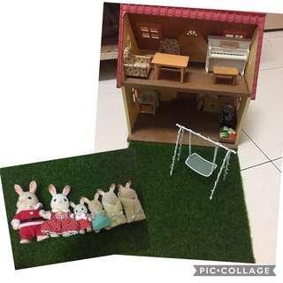 Free pos sylvanian house & doll