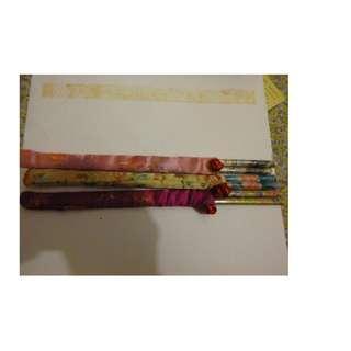 有套筷子3對 =
