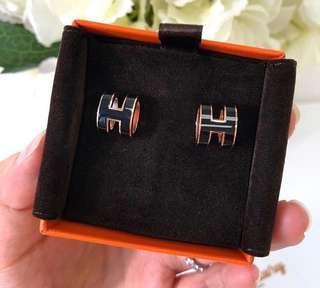 Hermes 真品全新黑色金扣H耳環