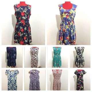🚚 Floral dresses