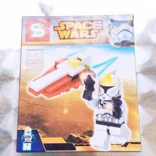 Space Wars Lego-Inspired Set (C).