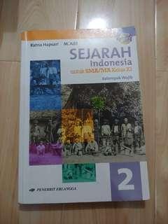 sejarah indonesia kelas x1 11 kurikulum 2013 penerbit erlangga