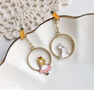🚚 Bunny and girl Earrings