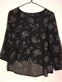 Small Zara floral blouse