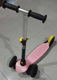 Decalthlon Oxelo Scooter