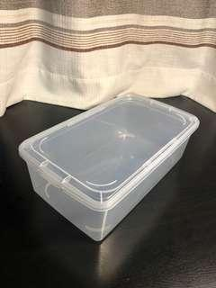 Clear plastic boxes with lid - set of 3