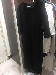 🚚 長版黑色個性上衣
